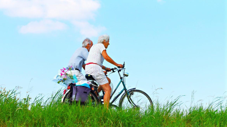 Popok dewasa membantu para lansia tetap beraktivitas seperti biasa