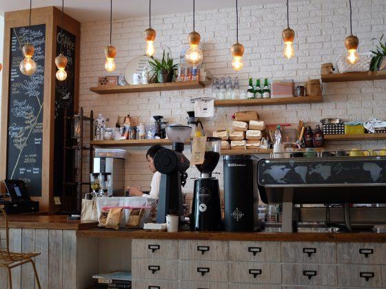 ilustrasi kedai kopi berkualitas